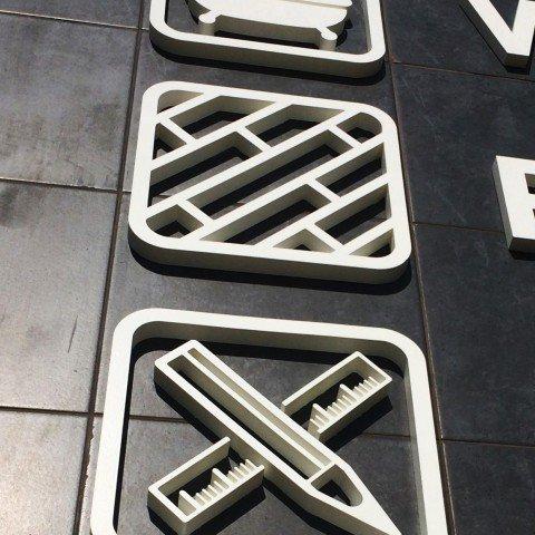 Litery 3D dla firmy Servitor