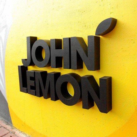 Litery 3D dla firmy John Lemon