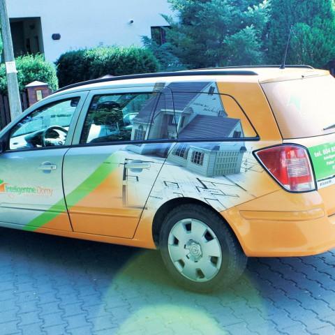 Oklejanie pojazdu dla firmy HOMEIQ